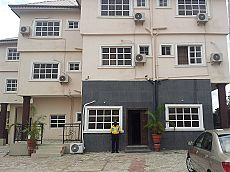 supreme-hotel-and-suites-oyo-73096