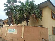 travellers-mission-lodging-oyo-35037